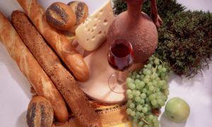 Завтрак — Багеты с виноградом и сыром