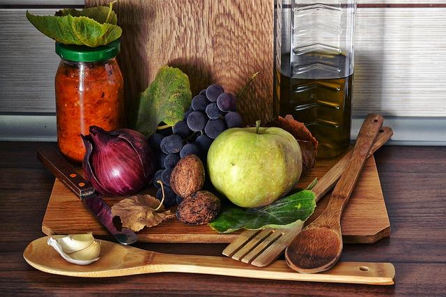 виноград орехи лук