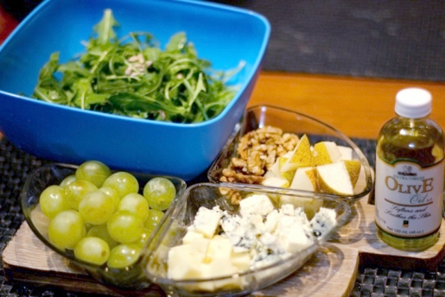 сыр, виноград